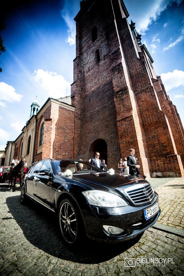 ślub poznańska katedra mercedes ostrów tumski poznań
